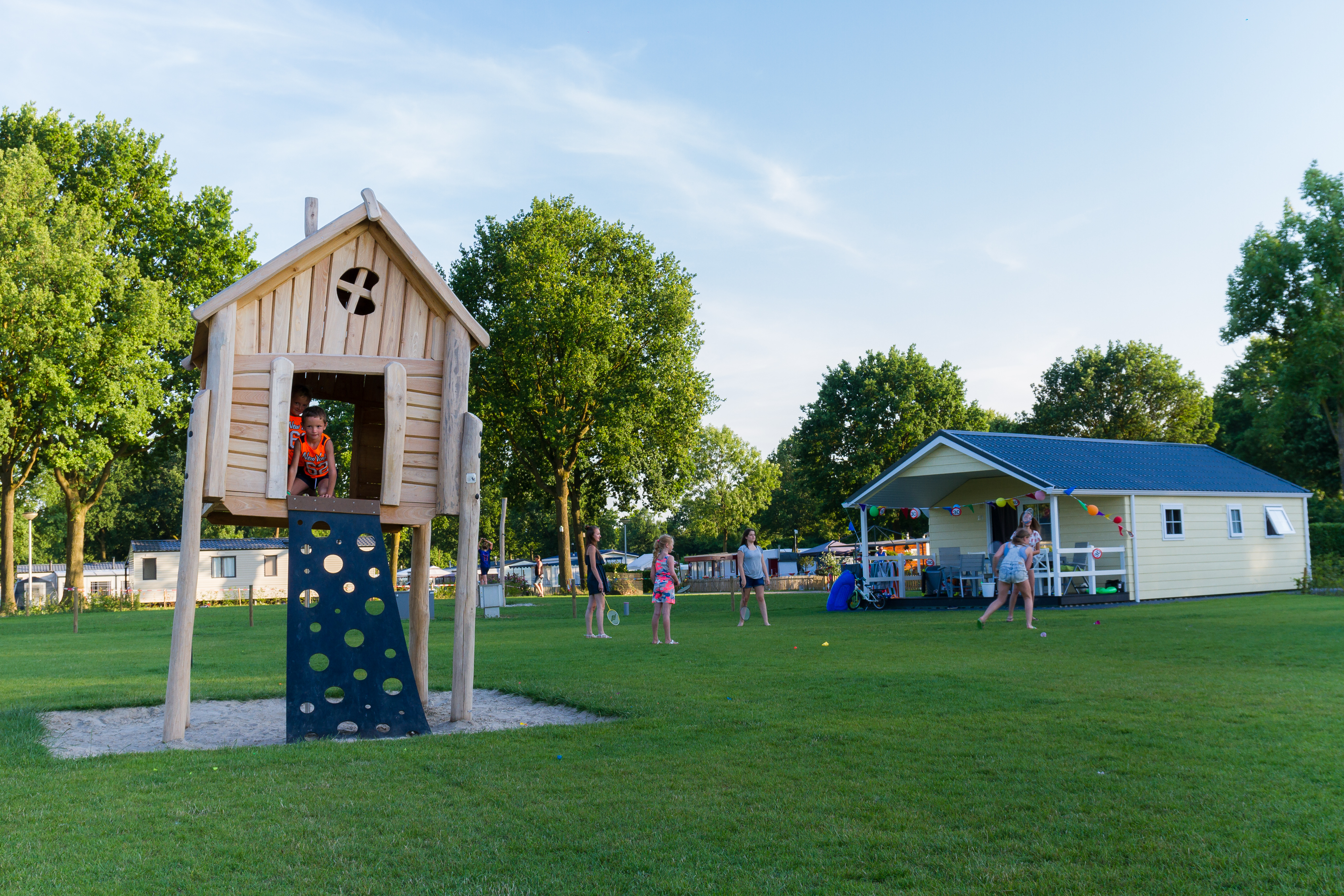 Recreatiepark De Leistert - 6 Personen Leistert Lodge